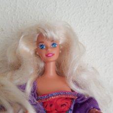 Barbie y Ken: PRECIOSA BARBIE RUBIA. SE ENTREGA CON VESTIDO.. Lote 114892120