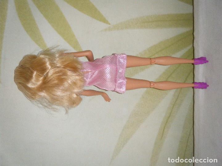 Barbie y Ken: BARBIE DE MATTEL 2009. COMPLETAMENTE ORIGINAL - Foto 3 - 117757627
