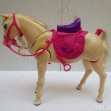 Barbie y Ken: CABALLO BARBIE FUNCIONA A PILAS , CAMINA Y RELINCHA - MATTEL 2009. Lote 125331735