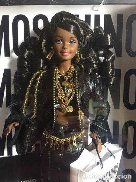 Barbie y Ken: Moschino Barbie® Doll – African American # DNJ32 # AA NRFB - Foto 5 - 126456983