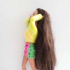 Barbie y Ken: BARBIE CASTAÑA PELO LARGO. Lote 130841036
