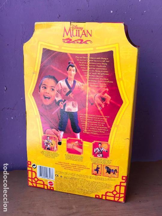 Barbie y Ken: ANTIGUA CAJA CON MUÑECO LI SHANG DE LA PELICULA MULAN DE DISNEY NUEVA DE TIENDA - Foto 3 - 129302911