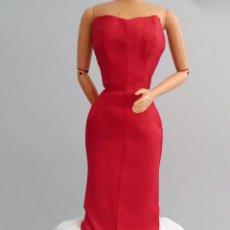 Barbie y Ken: BARBIE ROPA VESTIDO LARGO. Lote 134818002