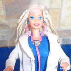 Barbie y Ken: BARBIE - ANTIGUA MUÑECA BARBIE DOCTORA, MATTEL INC 1976, VER FOTOS Y DESCRIPCION! SM. Lote 136652082