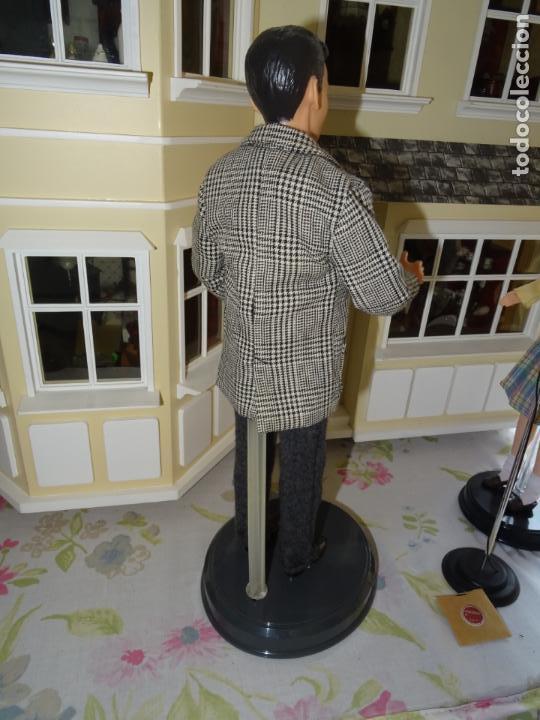 Barbie y Ken: BARBIE LOVES FRANK SINATRA - MATTEL - BARBIE LOVES POP CULTURE 1999 - Foto 6 - 138741506