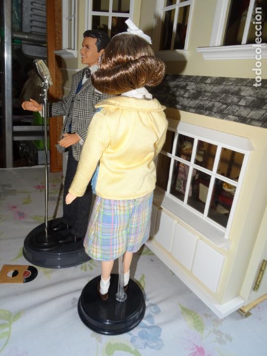 Barbie y Ken: BARBIE LOVES FRANK SINATRA - MATTEL - BARBIE LOVES POP CULTURE 1999 - Foto 11 - 138741506