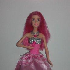 Barbie y Ken: MUÑECA BARBIE COURTNEY PELICULA LA PRINCESA Y LA CANTANTE DE MATTEL FUNCIONANDO. Lote 141836778