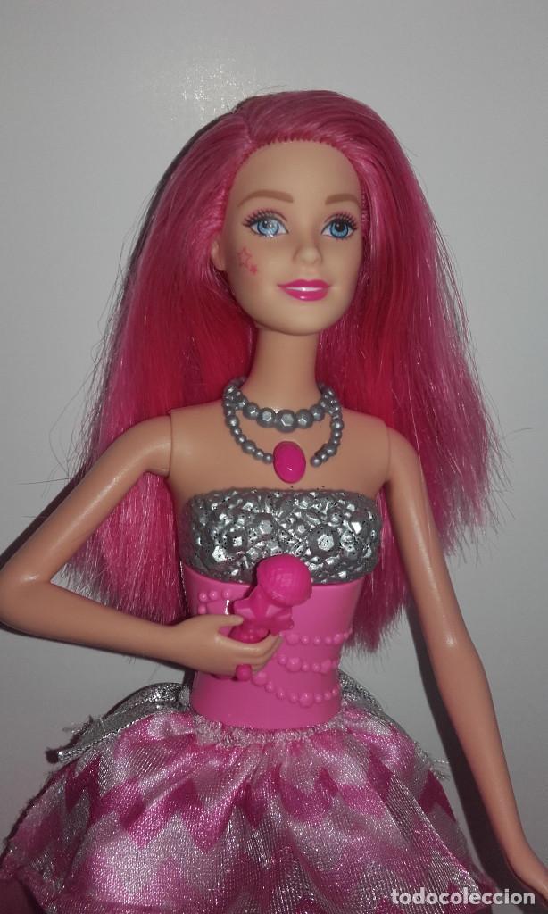 Barbie y Ken: MUÑECA BARBIE COURTNEY PELICULA LA PRINCESA Y LA CANTANTE DE MATTEL FUNCIONANDO - Foto 2 - 141836778