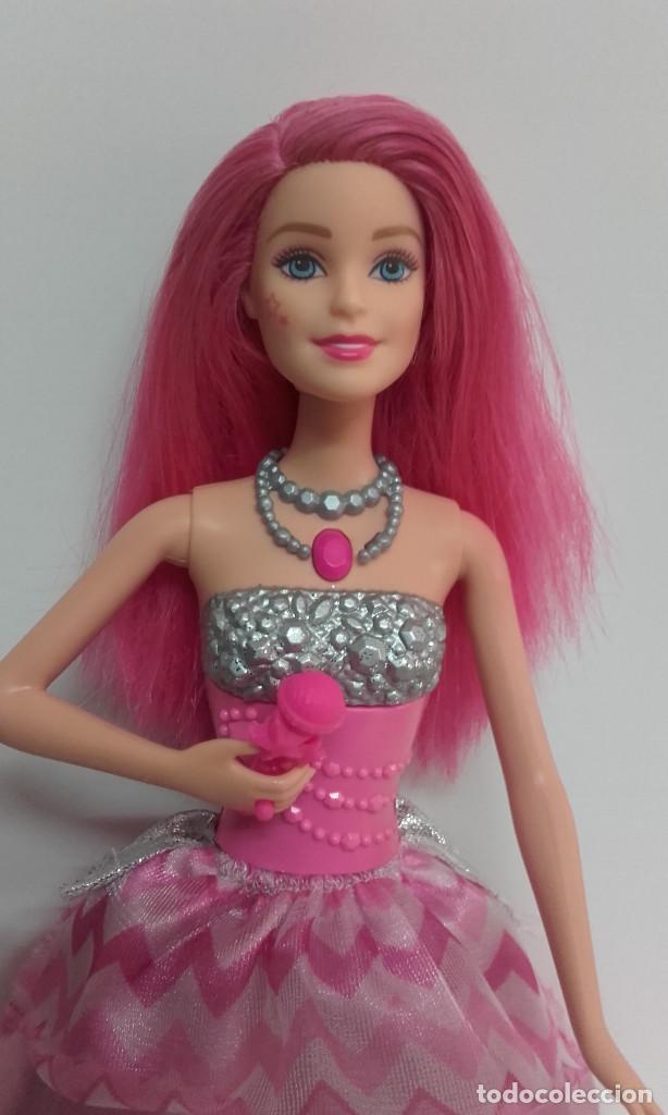 Barbie y Ken: MUÑECA BARBIE COURTNEY PELICULA LA PRINCESA Y LA CANTANTE DE MATTEL FUNCIONANDO - Foto 3 - 141836778
