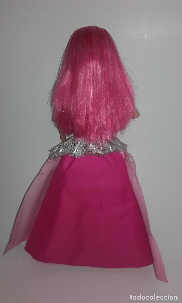 Barbie y Ken: MUÑECA BARBIE COURTNEY PELICULA LA PRINCESA Y LA CANTANTE DE MATTEL FUNCIONANDO - Foto 7 - 141836778