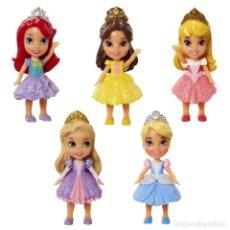 Barbie y Ken: SET DE 5 MINI PRINCESAS DISNEY NUEVAS EN CAJA SIN ABRIR. Lote 143775758