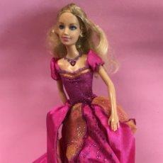 Barbie y Ken: BARBIE CON MECANISMO 2005 NUCA, 1999 CUERPO. Lote 143788625