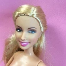 Barbie y Ken: BARBIE CABEZA 2007 CUERPO 2001 DE 26 CM. Lote 144760129