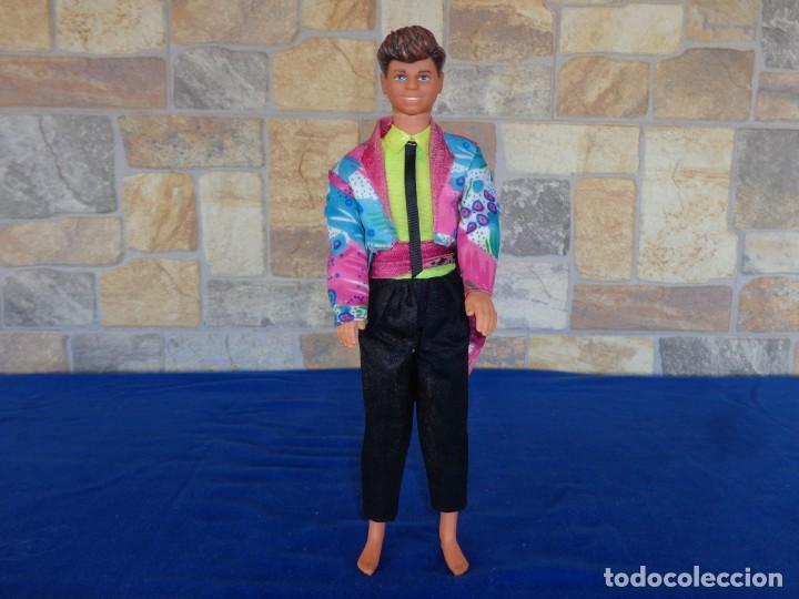 KEN - ANTIGUO MUÑECO KEN DEREK ROCKERS EN LA NUCA MATTEL 1985 VER FOTOS! SM (Juguetes - Muñeca Extranjera Moderna - Barbie y Ken)