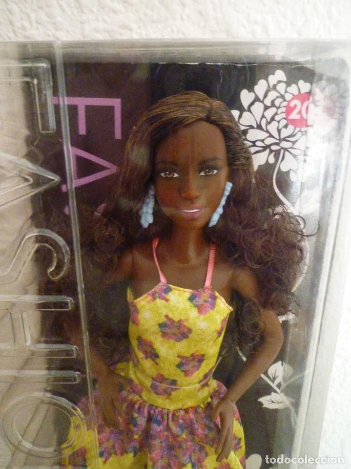 Barbie y Ken: BARBIE FASHIONISTA 2015 FANCY FLOWERS AFRICANA Nº 20-MATTEL-NUEVA EN SU CAJA Y DIFICIL - Foto 2 - 144937070