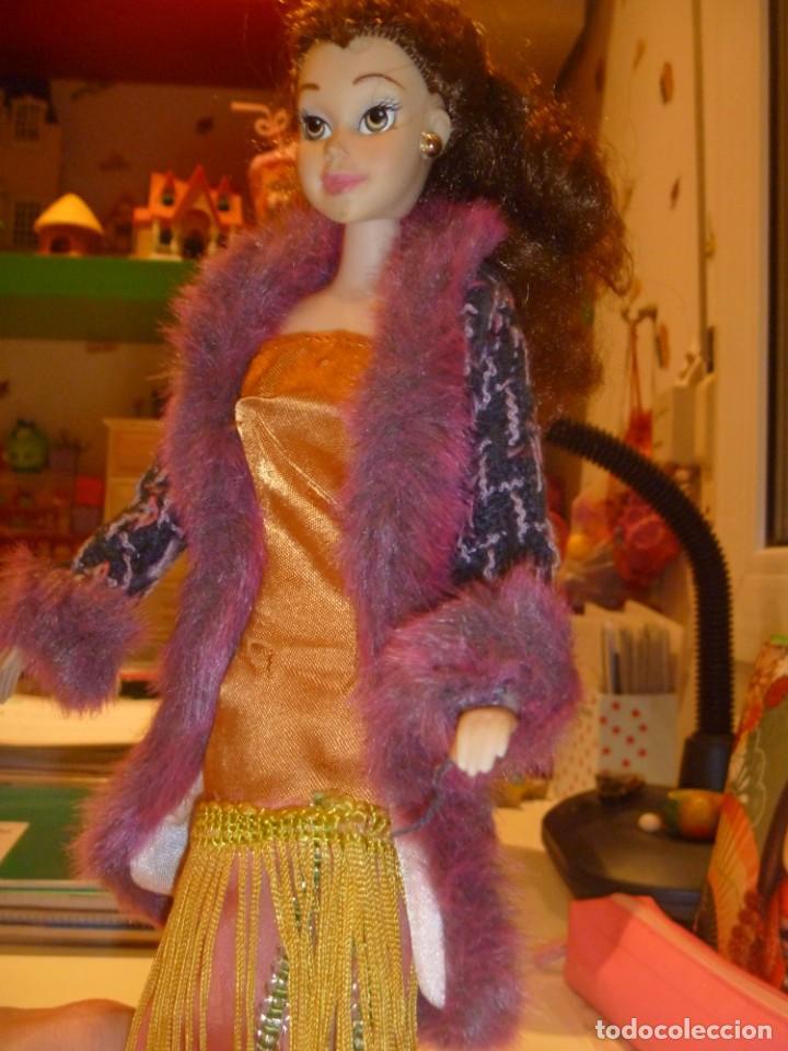 BARBIE MUÑECA ARTICULADA VESTIDO DE GALA Y ABRIGO DISEÑO ESTILO PELÍCULA DISNEY OPORTUNIDAD (Juguetes - Muñeca Extranjera Moderna - Barbie y Ken)