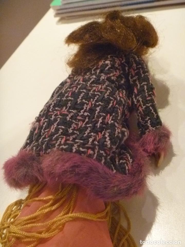 Barbie y Ken: BARBIE MUÑECA ARTICULADA VESTIDO DE GALA Y ABRIGO DISEÑO ESTILO PELÍCULA DISNEY OPORTUNIDAD - Foto 3 - 146674946