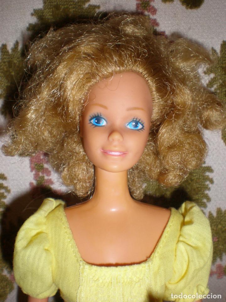 Barbie y Ken: BARBIE MAGIC CURL DEL AÑO 82 CON VESTIDO DE ORIGEN - Foto 2 - 147491474