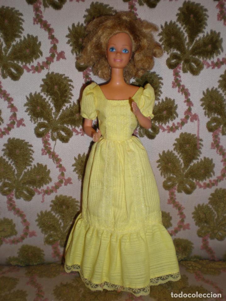 Barbie y Ken: BARBIE MAGIC CURL DEL AÑO 82 CON VESTIDO DE ORIGEN - Foto 3 - 147491474