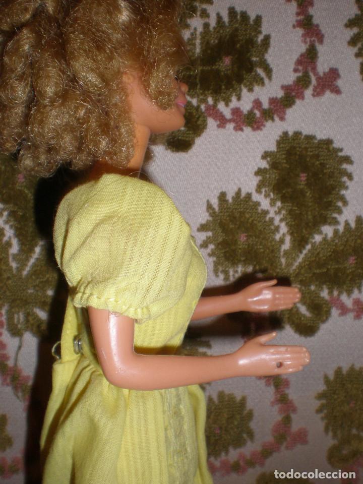 Barbie y Ken: BARBIE MAGIC CURL DEL AÑO 82 CON VESTIDO DE ORIGEN - Foto 8 - 147491474