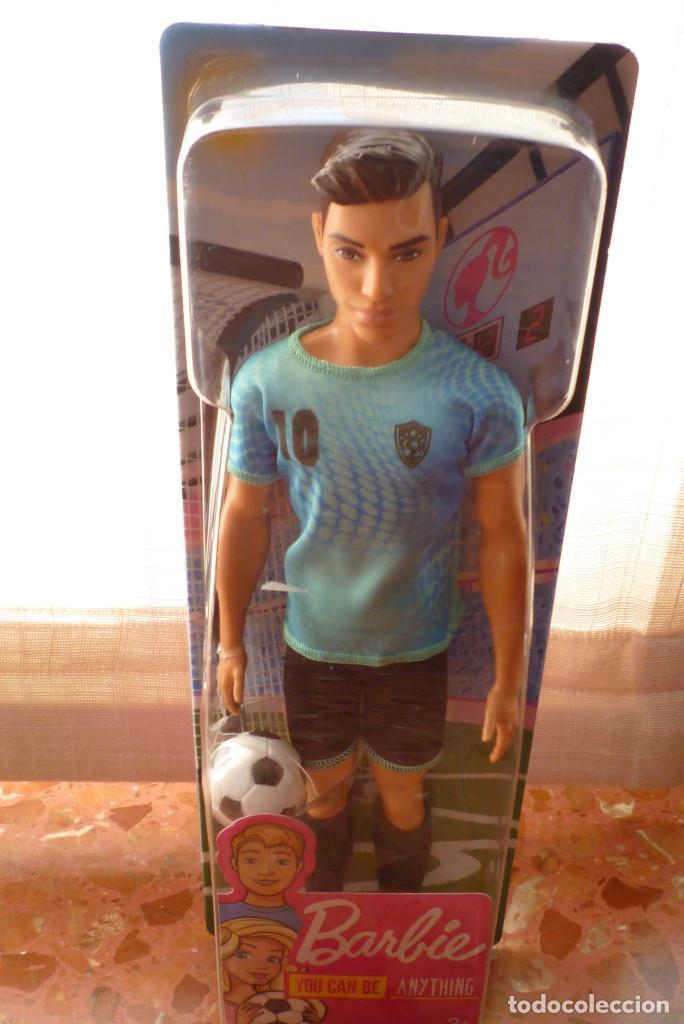 Barbie y Ken: MUÑECO KEN FUTBOLISTA CON ACCESORIOS-COLECCION BARBIE QUIRO SER-NUEVO EN CAJA - Foto 2 - 151397038