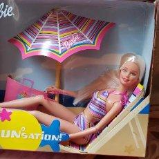Barbie y Ken: MUÑECA BARBIE TOMA EL SOL SUNSATION AÑO 2001. Lote 153546398
