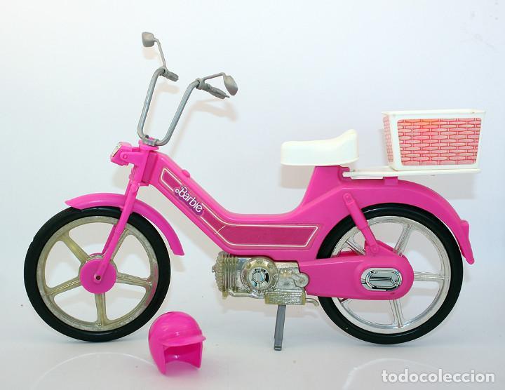 Con Vespino De Años Cesta Y Barbie 80 Motocicleta O Vespa Ciclomotor Casco Mattel Moto m0w8nN