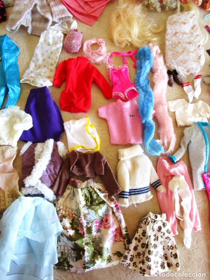 Barbie y Ken: LOTE ROPA BARBIE CONGOST 42 PIEZAS MUCHOS ACCESORIOS 2 KENS 5 CABEZAS BARBIE AÑOS 60 - Foto 5 - 158582596