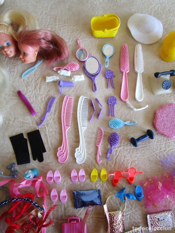 Barbie y Ken: LOTE ROPA BARBIE CONGOST 42 PIEZAS MUCHOS ACCESORIOS 2 KENS 5 CABEZAS BARBIE AÑOS 60 - Foto 7 - 158582596