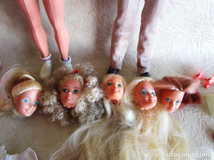 Barbie y Ken: LOTE ROPA BARBIE CONGOST 42 PIEZAS MUCHOS ACCESORIOS 2 KENS 5 CABEZAS BARBIE AÑOS 60 - Foto 37 - 158582596