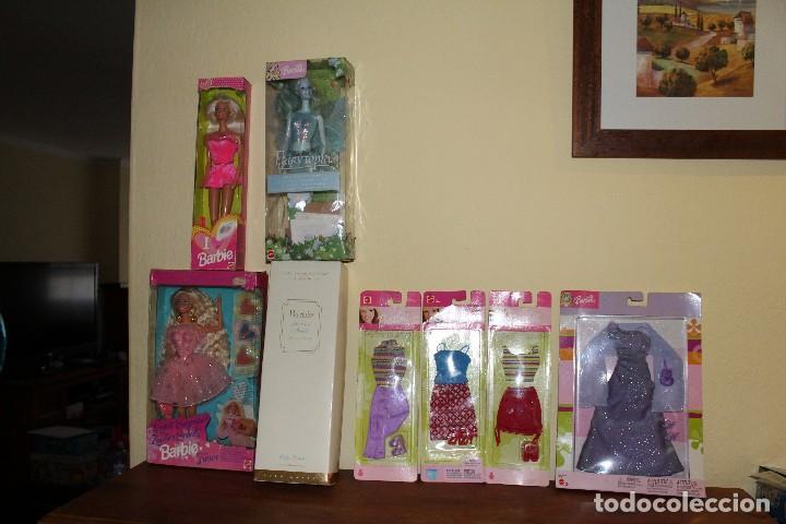 LOTE DE 4 BARBIE 1 DISNE 7 NANCY ARMARIO SINDY VESTIDOR BARBIE VESTIDOS Y ACCESORIOS DECATALOGADO (Juguetes - Muñeca Extranjera Moderna - Barbie y Ken)