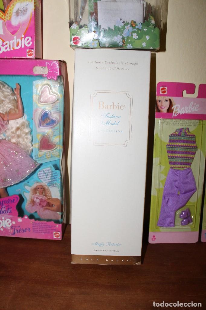 Barbie y Ken: LOTE DE 4 BARBIE 1 DISNE 7 NANCY ARMARIO SINDY VESTIDOR BARBIE VESTIDOS Y ACCESORIOS DECATALOGADO - Foto 4 - 160365910