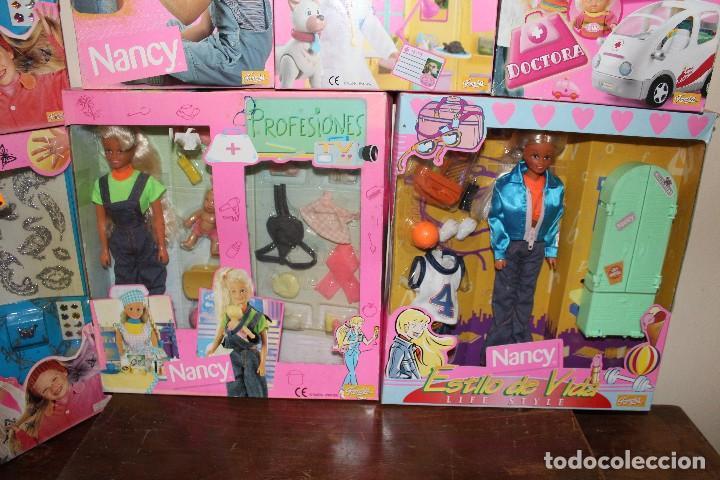 Barbie y Ken: LOTE DE 4 BARBIE 1 DISNE 7 NANCY ARMARIO SINDY VESTIDOR BARBIE VESTIDOS Y ACCESORIOS DECATALOGADO - Foto 12 - 160365910