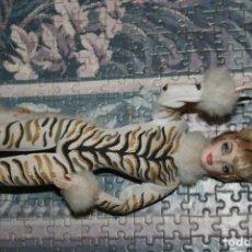 Barbie y Ken: MUÑECA BARBIE GATA TIGRE LOUNGE KITTIES. Lote 164506374
