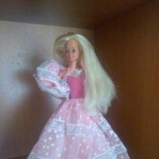 Barbie y Ken: BARBIE DESTELLOS SPAIN. Lote 189174320