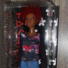 Barbie e Ken: MUÑECA BARBIE FASHIONISTA #33 MATTEL. Lote 166733418