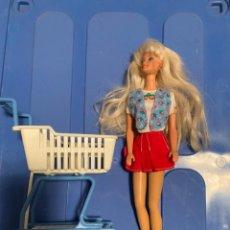 Barbie y Ken: BARBIE Y CARRITO DE LA COMPRA. Lote 167135252