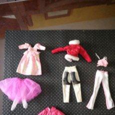 Barbie y Ken: CINCO VESTIDOS BARBIE. Lote 171005634