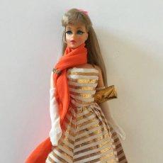 Barbie y Ken: BARBIE RUBIA MATTEL 1965-67 ORIGINAL VINTAGE VESTIDO GALA LAME PANUELO LARGO BOLSO GUANTES ZAPATOS. Lote 171706659