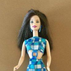 Barbie y Ken: BARBIE MORENA MUNECA VINTAGE ORIGINAL DE MATTEL 1990, CUERPO 1966 CHINA. Lote 171773772