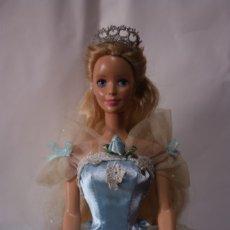 Barbie y Ken: BARBIE SLEEPING BEAUTY / BELLA DURMIENTE CON VESTIDO Y CORONA ORIGINALES - MATTEL, 1998. Lote 172583407