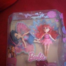 Barbie y Ken: 2 MINI BARBIE PEEK A BOO PETITES RING DOLL,PONTELAS TU TAMBIEN,2008 MATTEL,EN CAJA ORIGINAL. Lote 173526005