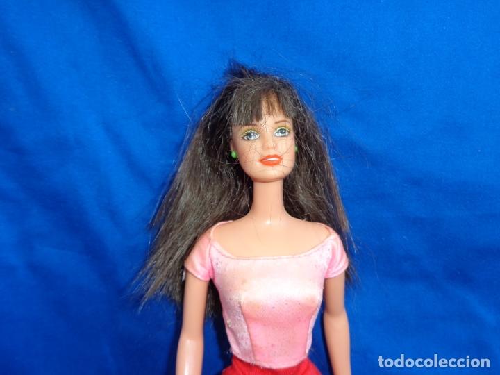 Barbie y Ken: BARBIE - BONITA MUÑECA BARBIE PELO CASTAÑO EN LA NUCA MATTEL INC 1990 VER FOTOS! SM - Foto 3 - 173871902