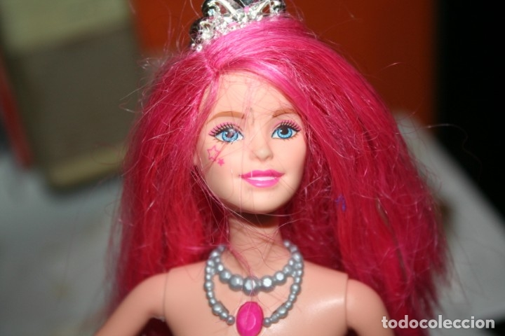 Barbie y Ken: muñeca Barbie Campamento Pop Courtney rock´n royals - Foto 3 - 174055183