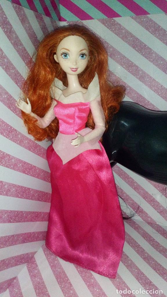 Barbie y Ken: PRECIOSA MUÑECA MERIDA Y SU CABALLO ANGUS DE BRAVE - DISNEY - PIXAR - MATTEL- 2011, DOLL,POUPEE - Foto 2 - 174196194