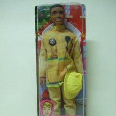 Barbie y Ken: FIGURA KEN BOMBERO - BARBIE QUIERO SER YOU CAN BE ANYTHING MATTEL MUÑECO MUÑECA BOMBEROS FIREFIGHTER. Lote 175293540