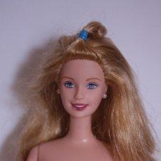 Barbie y Ken: BITHDAY BARBIE CON PENDIENTES ORIGINALES - MATTEL, 2001. Lote 176012380