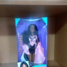 Barbie y Ken: BARBIE NAOMI CAMPBELL EN CAJA. Lote 178336966