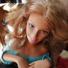 Barbie y Ken: CABEZA DE BARBIE PARA PEINAR 1990. Lote 178665845