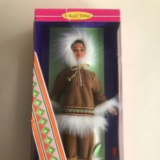 Barbie y Ken: BARBIE (BARBIE OF THE WORLD COLLECTION) ARTIC. NUEVA EN SU CAJA. 1996.. Lote 178769588